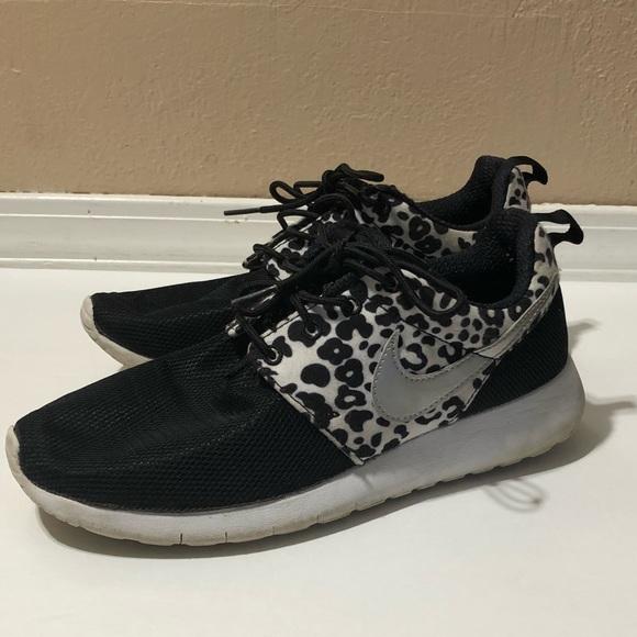 98ffc0c046a5 Nike Rub Black white cheetah print shoes size 6y. M 5b946744dcf8555119da7d3a